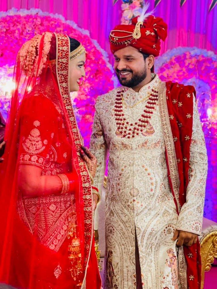 Ritesh Pandey की शादी की तस्वीरे शोशल मिडिया पे छा गयी । आप भी देखे